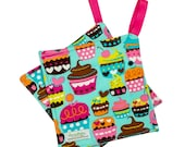 Handmade Floral Potholder -- Heat Resistant -- Colorful Pot Holder - Sewn Potholder - Fabric Hot Pad - Cupcakes - Ready To Ship