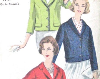 ON SALE  1960s Vogue Vintage 9799 Sewing Blouse Jacket Pattern  60s Boxy Jacket