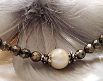 Pearl bracelet pyrite gemstone single pearl jewelry AAA fresh water pearl minimalist dainty delicate stacking layering bracelet