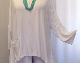 Coco and Juan Lagenlook Plus Size Top White Knit Angled Tunic Top One Size Bust  to 60 inches