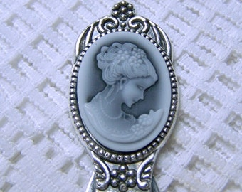 Beautiful Woman Cameo Bookmark, black & white, Wedding Day Prayer, Antiqued Silver, Jane Austen, Cameo Bookmark, Librarian Gift, Reading