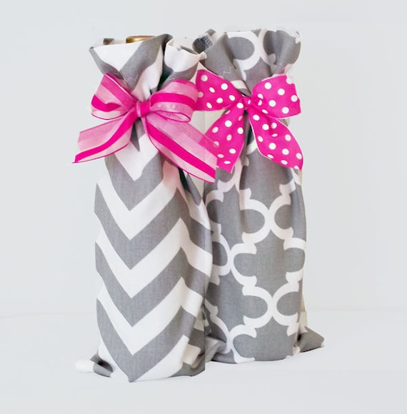 Wine Bags, Wine Sacks, 2 pack Summer Party Hostess Gifts, Chevron Pattern, Quatrefoil Pattern, Teacher Gifts, Baby Shower Prizes, Wedding