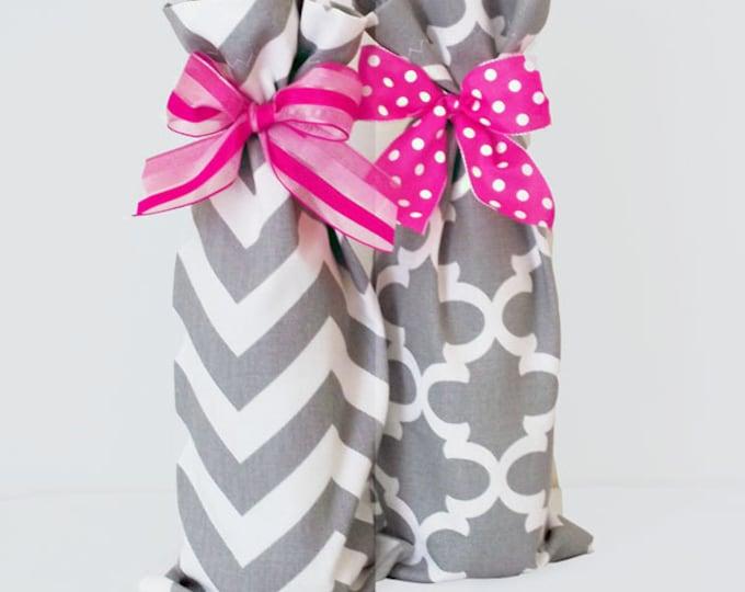 Wine Bags, Wine Sacks, 2 pack Summer Party Hostess Gifts, Chevron Pattern, Quatrefoil Pattern, Teacher Gifts, Baby Shower Prizes, Wedding