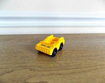 Fisher Price Taxi, Fisher Price Car, Vintage Fisher Price, Yellow Cab, Little People, Fisher Price Village, Plastic Car, Vintage Toy
