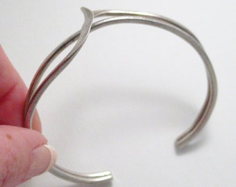 silver twist cuff bracelet 925 sterling silver cuff bangle bypass crossover bracelet womens or mens vintage fine jewelry