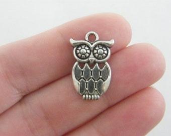 6 Owl charms antique silver tone O66