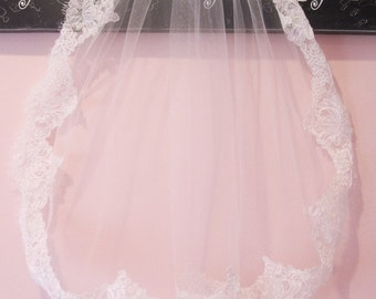 First Holy Communion Veil Ivory Lace Trim