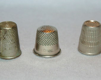 Vintage / Lot / 3 / Thimbles / Thread Cutter /  Sewing / Tool /