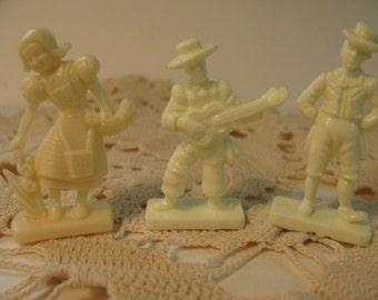 Set of 3 Vintage Plastic Van Brode Cereal Toys - Sweden Girl - Spanish Man w/ Guitar - Irish Man w/ Short Pants