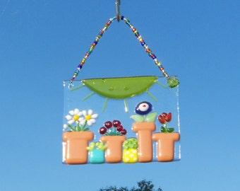 FLower Garden // Fused GLass Suncatcher // Sun Catcher // Sun // Summer // Sunshine // Nursery // Patio // Cheerful // Colorful // Bright
