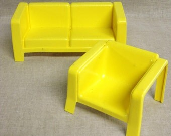 Dollhouse Furniture , Barbie Furniture , Sofa and Chair , Plastic , Mattel , Yellow , Couch , Arm Chair , Doll Furniture , Furniture , Dolls