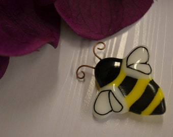 Bumble Bee Pin, Brooch, Fused Glass, Brooch Pin, Hand Painted, Gardeners Gift, Bee Keepers Gift