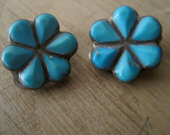 Vintage TURQUOISE Native American and Silver clip on earrings 1970s