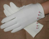 Vintage Off-White Cotton Dress Gloves from 1950's