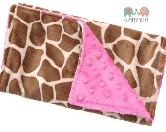 Burp Cloths Giraffe & Hot Pink Minky Burp Cloth, Animal Print, Baby Shower, Gift, Girls, Feeding, Nursing, Travel, Baby Gift, New Mom