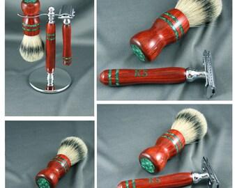 Engraved DE Double edge safety razor Men's shaving kit razor brush badger hair men's gifts groomsmen Personalized Gillette CUSTOM ORDER