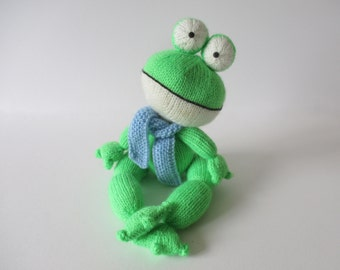 Felix the Frog toy knitting pattern