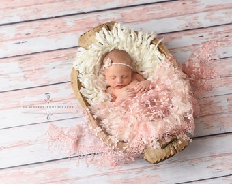 Light Pink Tassels Lace Baby Wrap Newborn Photography Prop