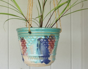 Vintage Hull Early Art Pottery Hanging Flower Pot Planter