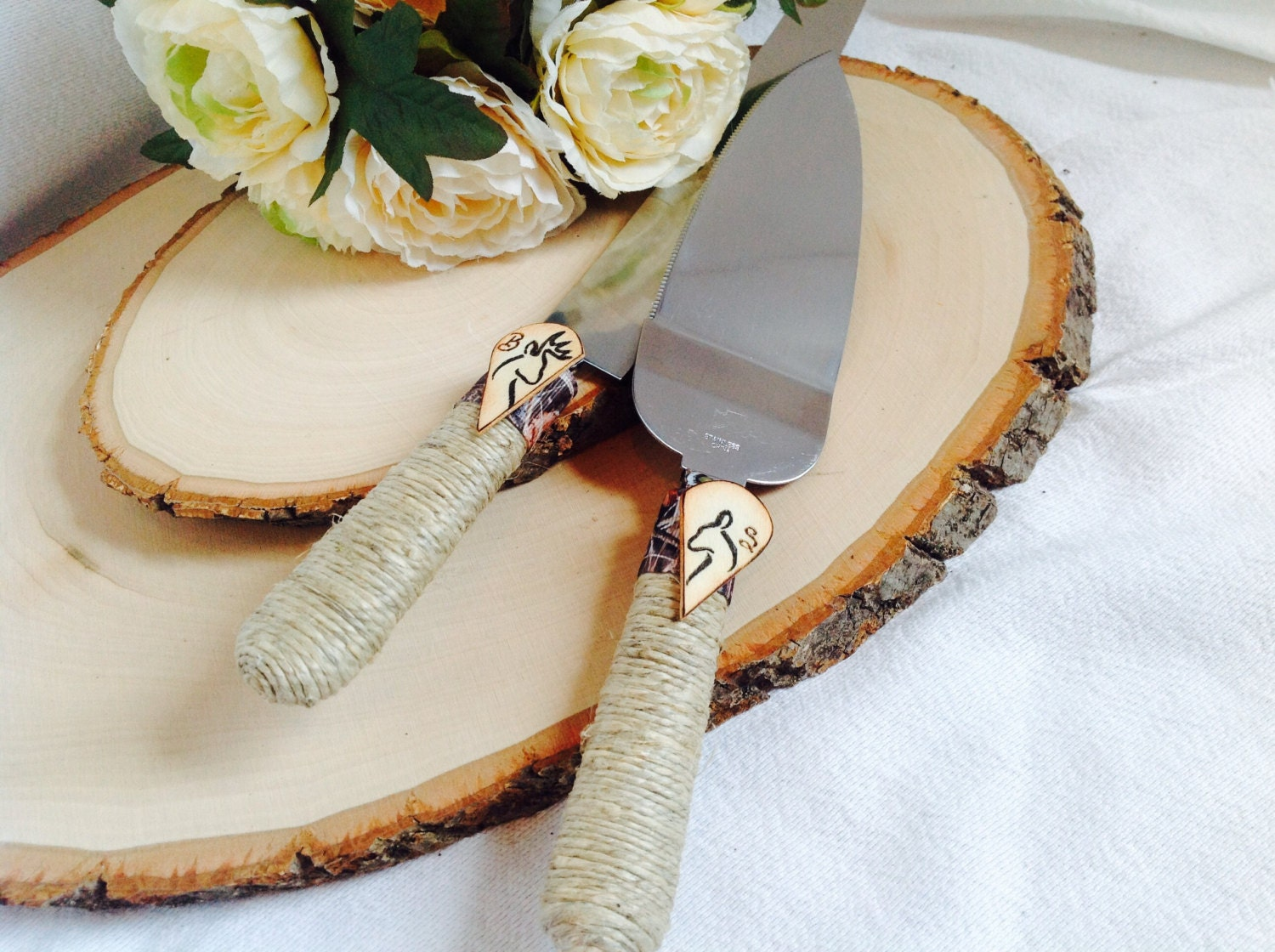 Buck And Doe Camo Rustic Barn Wedding Cake Cutting Set