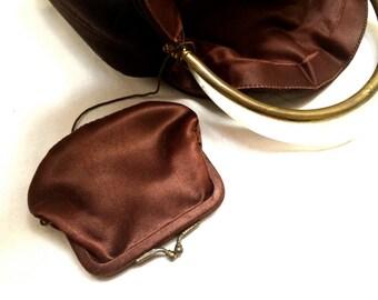 Winter Chocolat Brown Handbag Bucket Evening Bag True Vintage Antique Coin Purse Statement Accessory Shine Bold Trend talkingfashion VGC
