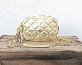 Vintage Gold Quilted Leather Gold Chain Strap Purse
