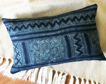 LIMITED 013 // Batik Indigo Pillow Cover - Boho Pillow - Ikat - Batik - Vintage - Navy - Indigo - Lumbar Pillow - Hmong - 12x20 inch