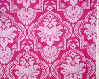 SALE : Girlfriends Molly lavender fuchsia Jennifer Paganelli Free Spirit fabric FQ or more