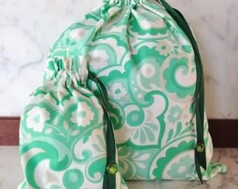 Pretty Simple Drawstring Project Bag Set - Green Swirl floral - green & beige flowers
