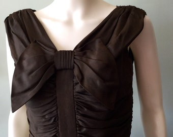 Vintage dress Stunning Vintage 1950's Brown Suzy Perette Dress