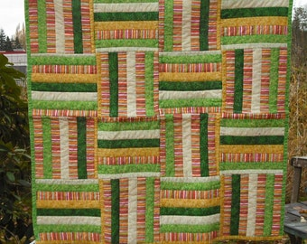 Lap Quilt Wall Hanging Tapestry Baby Crib Patchwork Quilted Fabric Lined Cotton Green Yellow Orange White Country Picnic Decor Cover Blanket