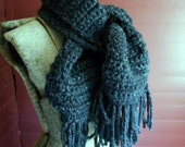 Darkness Falls. Charcoal Gray Chunky Wool Blend Boho Boyfriend Scarf. Men's Scarf. Unisex Scarf. Unisex Thick Fall Winter Fringe Scarf wrap