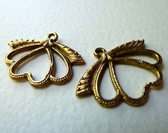 Vintage Brass Winged Insect Drops - 28x21mm - Nouveau Style Component - Qty 2 pcs, one pair (vb3)