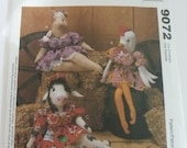 "UNCUT McCalls Crafts Pattern 9072 Straw Stockings Barnyard Babes 18"" Sitting Stuffed Animals Cow, Pig, Chicken"