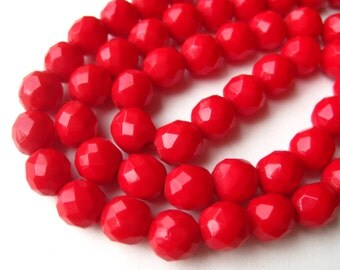 Vintage 50s Cherry Red Faceted Glass Bead Choker Necklace