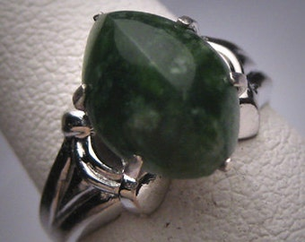 Antique Jade Ring Vintage Victorian Art Deco Silver Set Art Deco c.1920