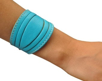 Leather bracelet in turquoise leather , named Lela MADE TO ORDER