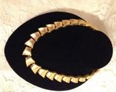 STUNNING ANNE KLEIN Necklace - Beautiful Goldtone Color - Wonderful Design