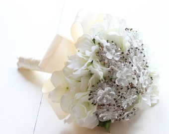 Ivory Crystal Brooch Bouquet Beaded Snowflakes | Nuetral Off White Wedding | Winter Ice Bling | Budget Broach Bouquet | In Stock 1000683