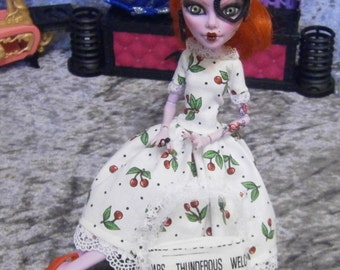 newsprint tote Purse for 10 to 12 inch fashion dolls