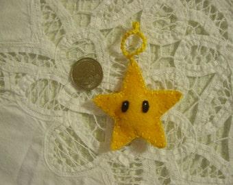 Mario Star Zipper Pull Charm Ornament