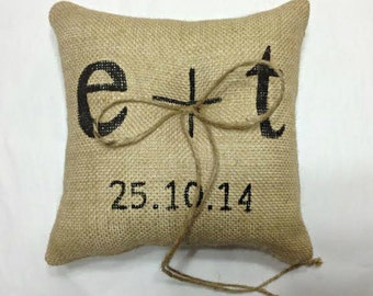 Custom Burlap Ring Bearer Pillow, Burlap Ring Pillow, Initials Ring Pillow, Personalized Wedding Ring Pillow, Custom Ring Bearer Pillow