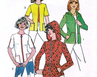 Simplicity 7055 Vintage 70s Misses' Top and Hooded Top Sewing Pattern - Size Small - Bust 31.5-32.5
