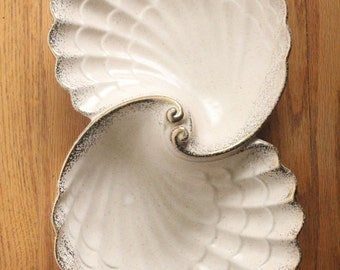 Vintage 50's/60's California Pottery Shell Serving Dish Tray
