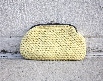 SALE! 50s/60s Yellow Woven Straw Clutch