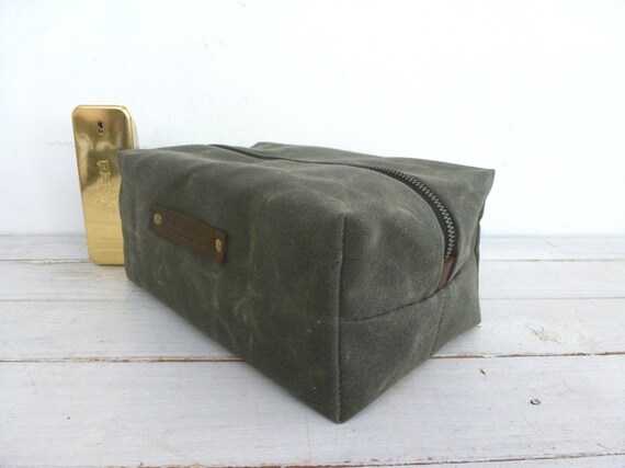 Waxed canvas Dopp kit   shaving bag   toiletry bag