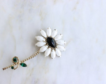 50s 60s White Rhinestone Flower Daisy Floral Brooch Pin