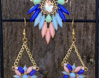 Gorgeous multi colored pastel rhinestone statement necklace and earring set
