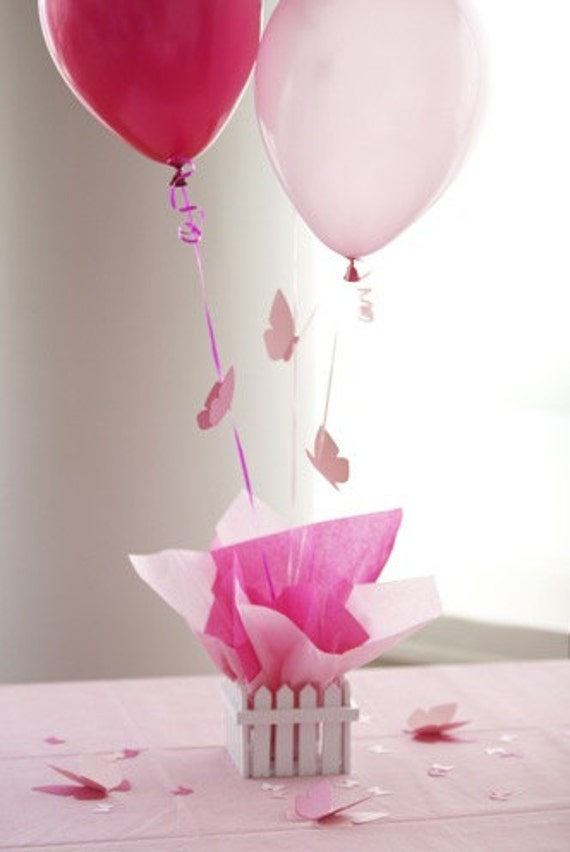 Items similar to first communion decorations for girls - Decoration table de communion ...