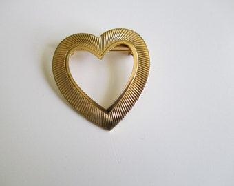 Vintage Heart Brooch/Pin